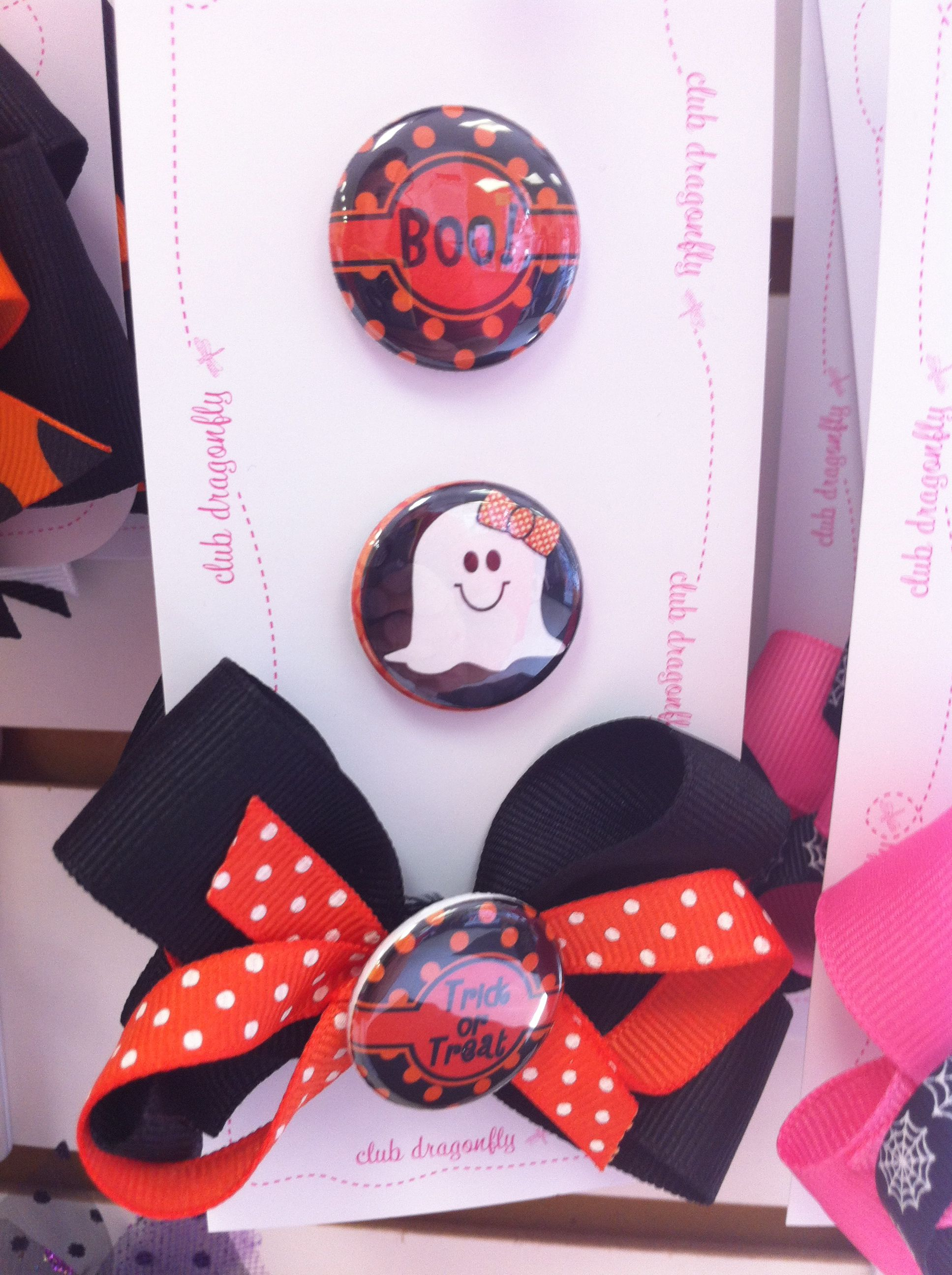 Halloween bows and buttons