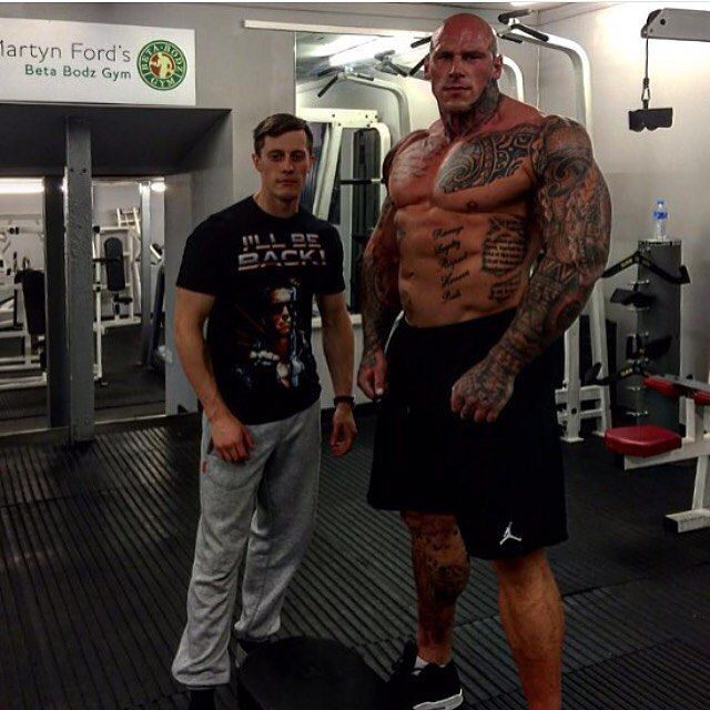 6 8 320lb Monster Martyn Ford Talks With Rich Piana 5