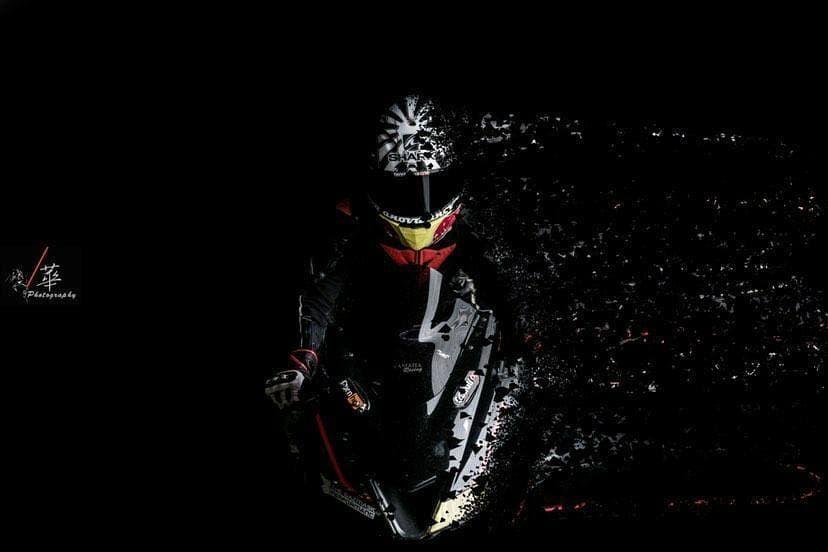 @taiwan_motorcycle_club 👆Follow or ❤️ Thank you !! 照片投稿直接私訊哦 😊  @indosunmori #taiwan_motorcycle_club#supersport#sportbike#galerininja#ninja #bike#honda #bikekingz #takephoto #photo #moto#motorbike#motorcycle #biker#bikelife#rider#indosunmori_ #harleydavidson#motoguzzi #motorcycle #追焦 #taiwan #台灣#重型機車#檔車#檔車魂 #motorcycle#brutalbikes#r15v3