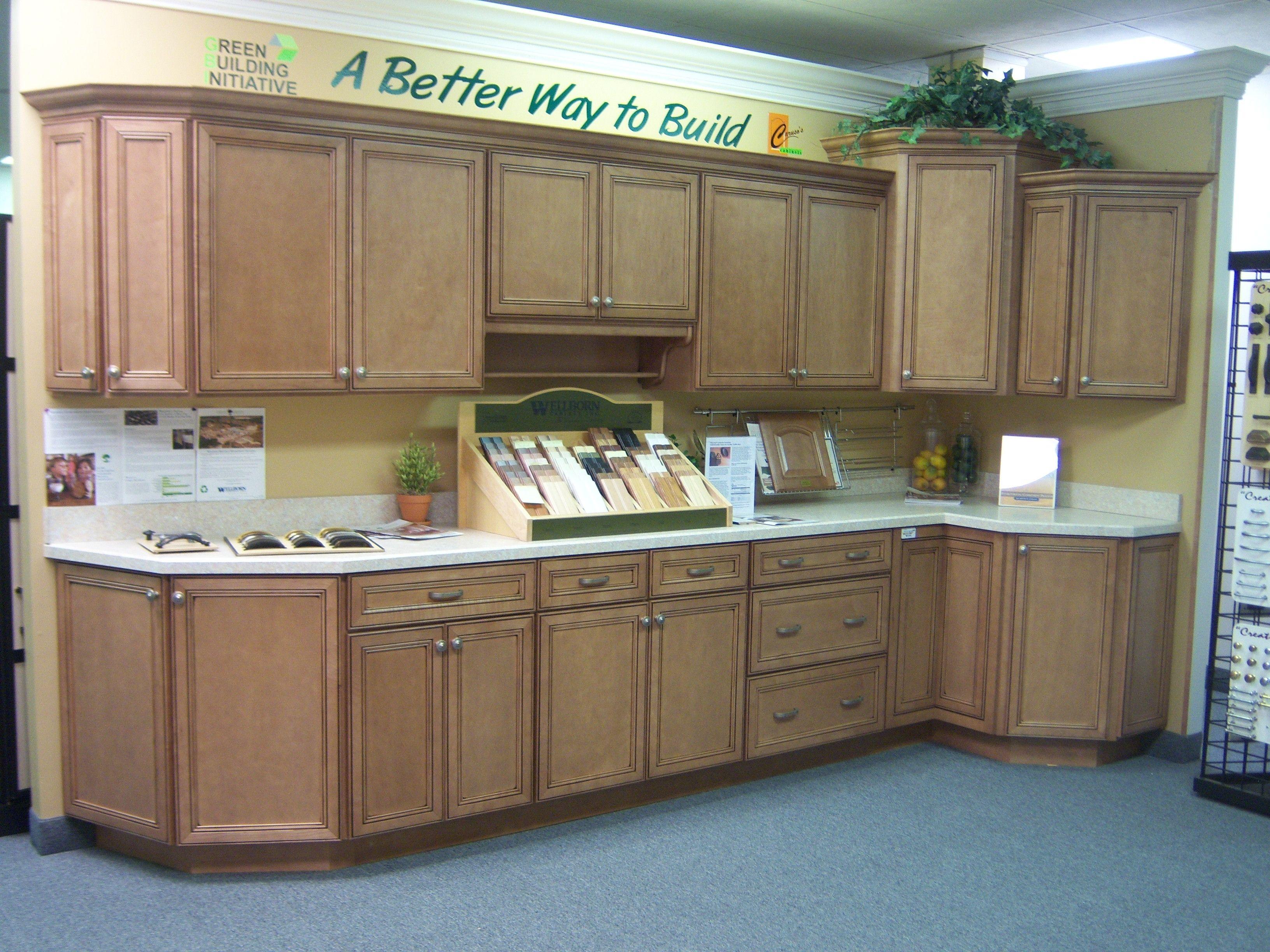 Caruso S Cabinets Harmony Maple Nutmeg Java Wellborncabinet Wellborn Cabinets Cabinet Kitchen Cabinets