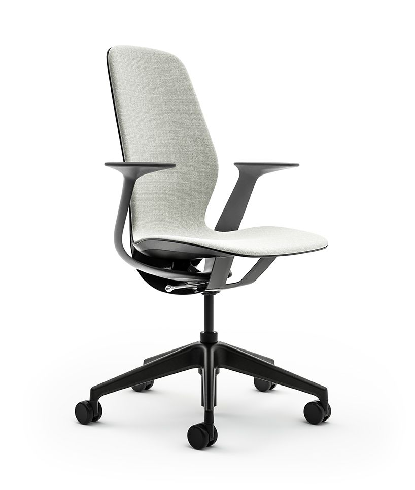 Steelcase S Silq Chair Features A Material Performing Like Carbon