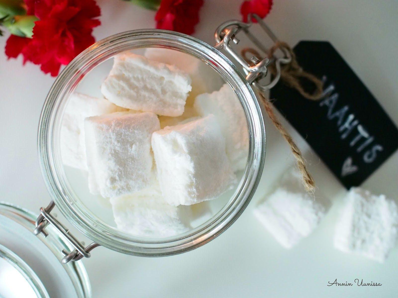 Annin Uunissa: Pumpuliset Vanilja Vaahtokarkit