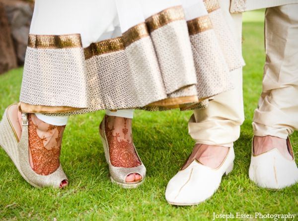 indian wedding outdoor bride groom shoes http://maharaniweddings.com ...