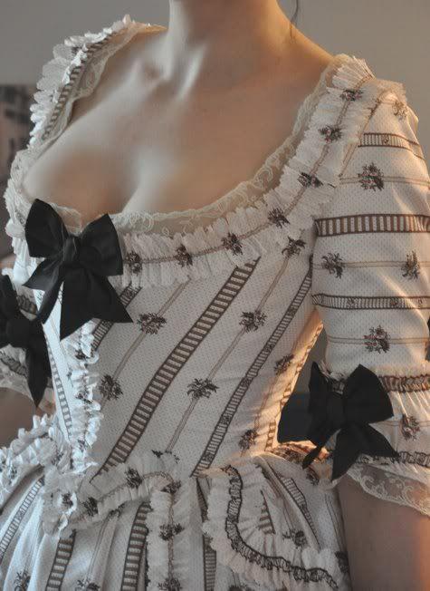 Before the Automobile: 1770's robe à l'Anglaise retroussée, 2011