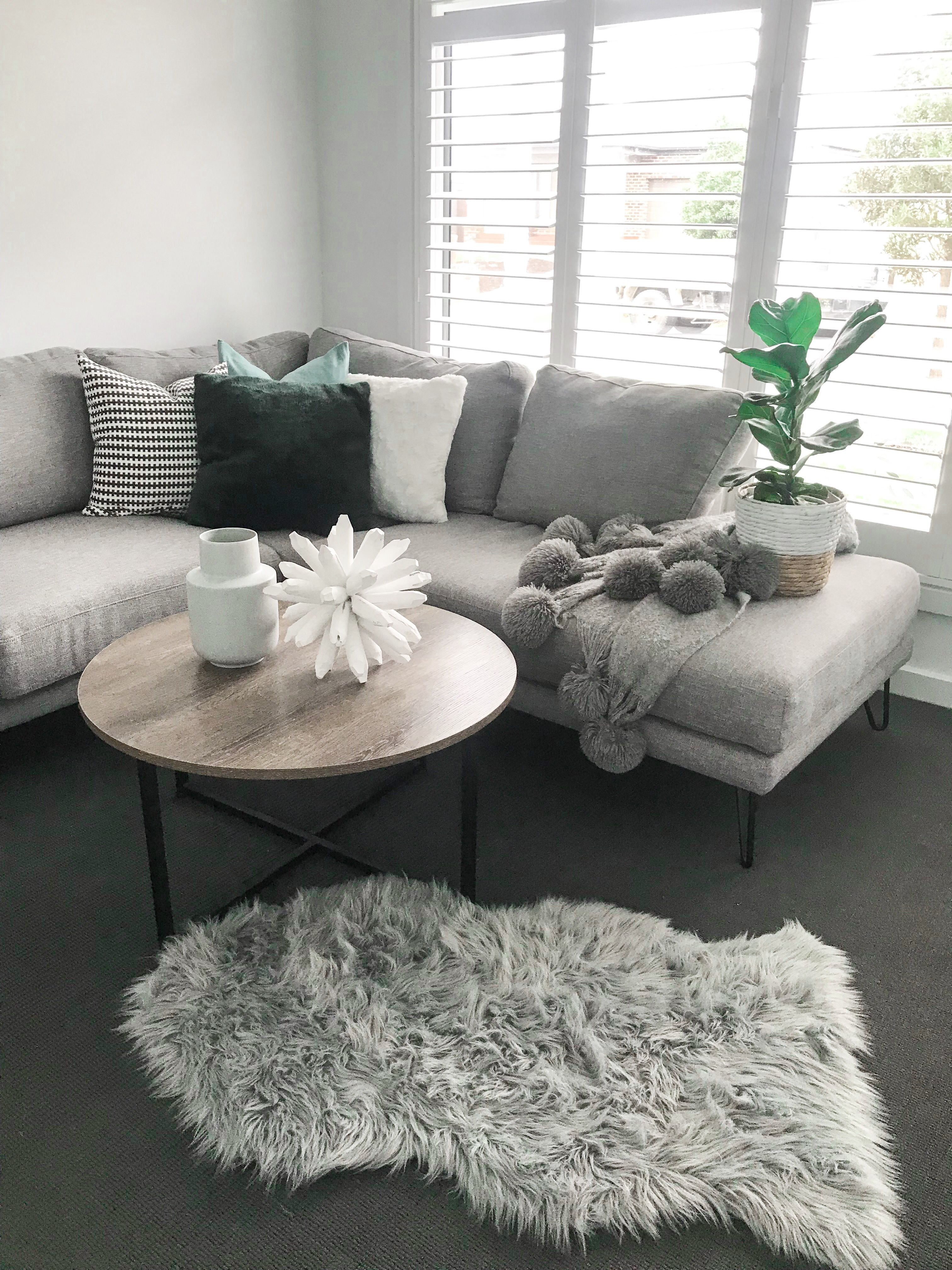 Big W Australia Throw.Budget Styling Living Rooms