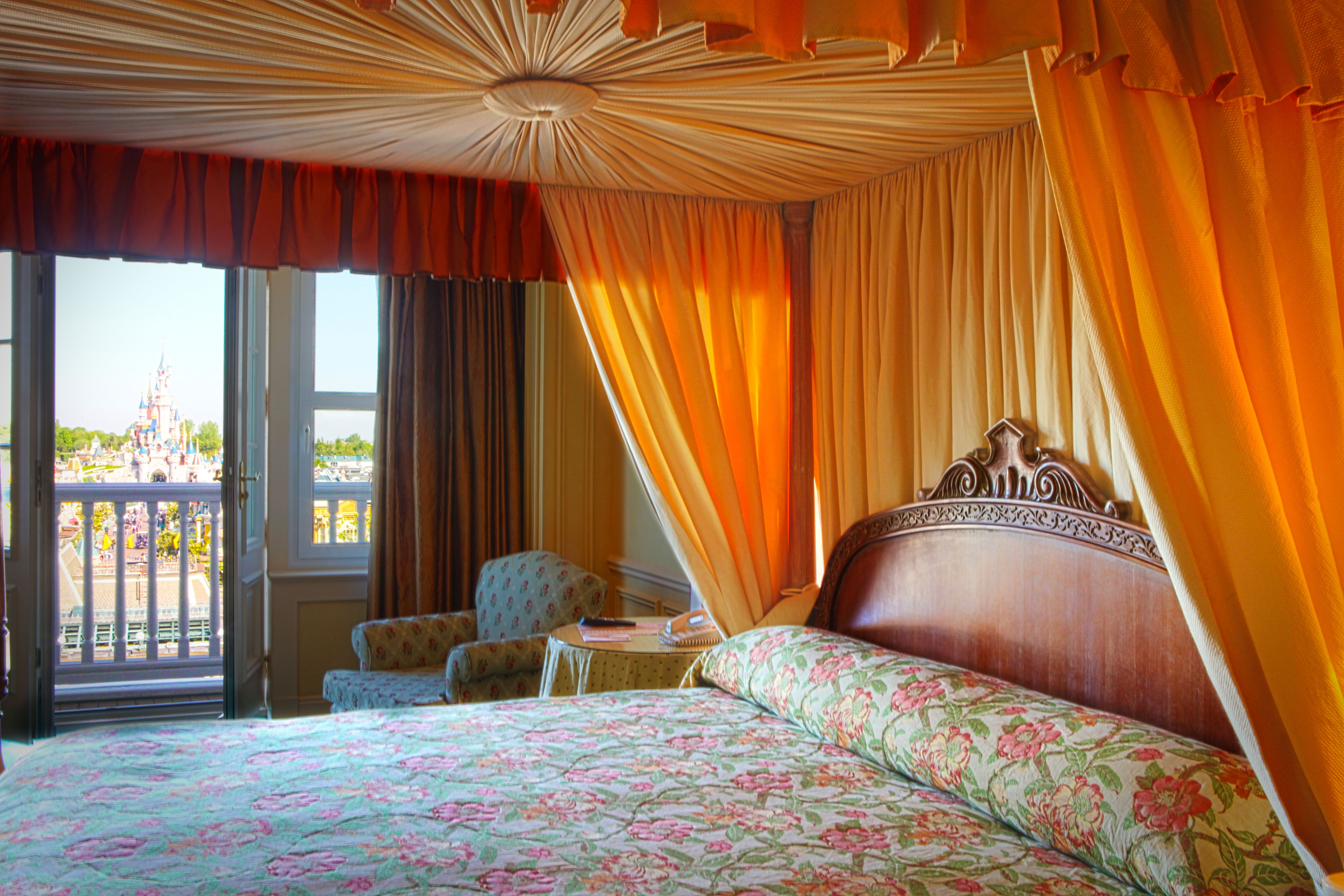Disney Hotels Disneyland Hotel - Tinkerbell Suite