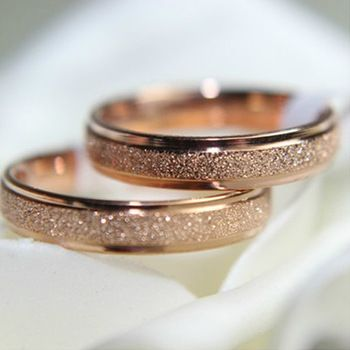 beautiful rose gold wedding bands