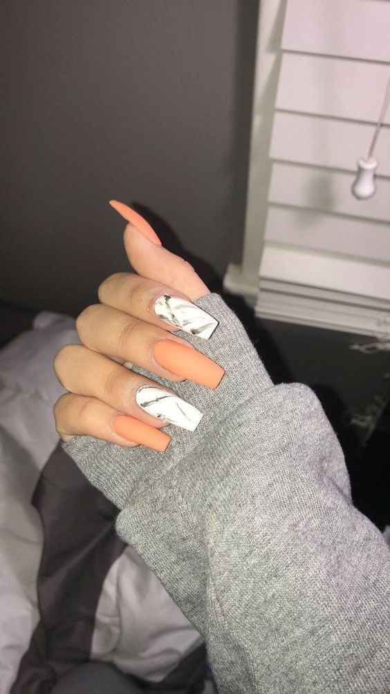 The Newest Acrylic Nail Designs Ideas Are So Perfect For Fall Hope They Can Inspire You And Read T In 2020 Acrylic Nails Coffin Matte Cute Acrylic Nails Acrylic Nails