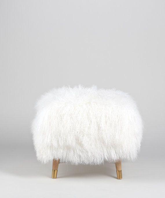 Wondrous Pouf Ottoman Fur Footstool White Mongolian Lamb Fur Short Links Chair Design For Home Short Linksinfo