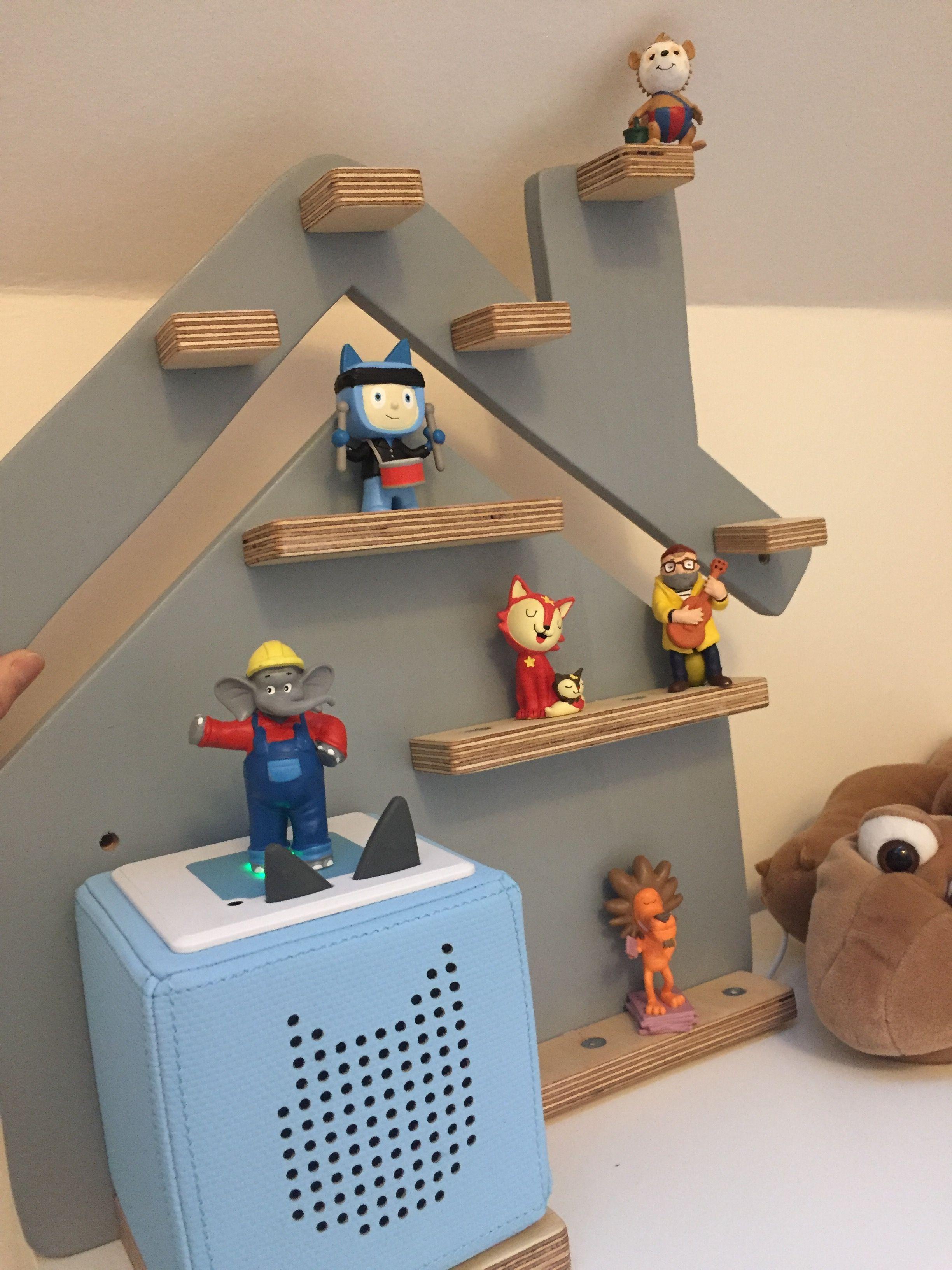 This New Ikea Shelf Is Nice For Displaying Minifigures Ikea