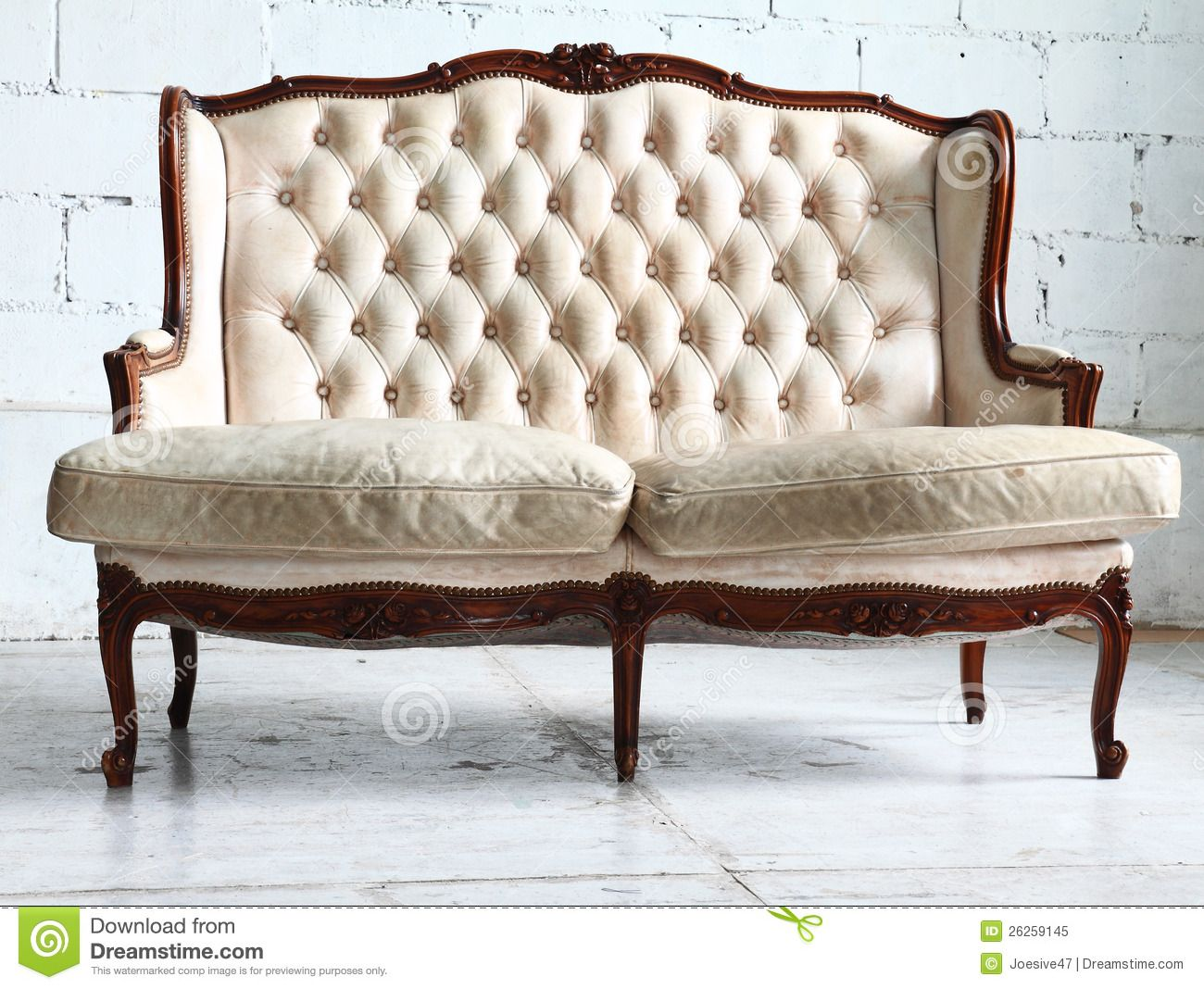 Vintage Sofa In The Room Royalty Free Stock Photo Image
