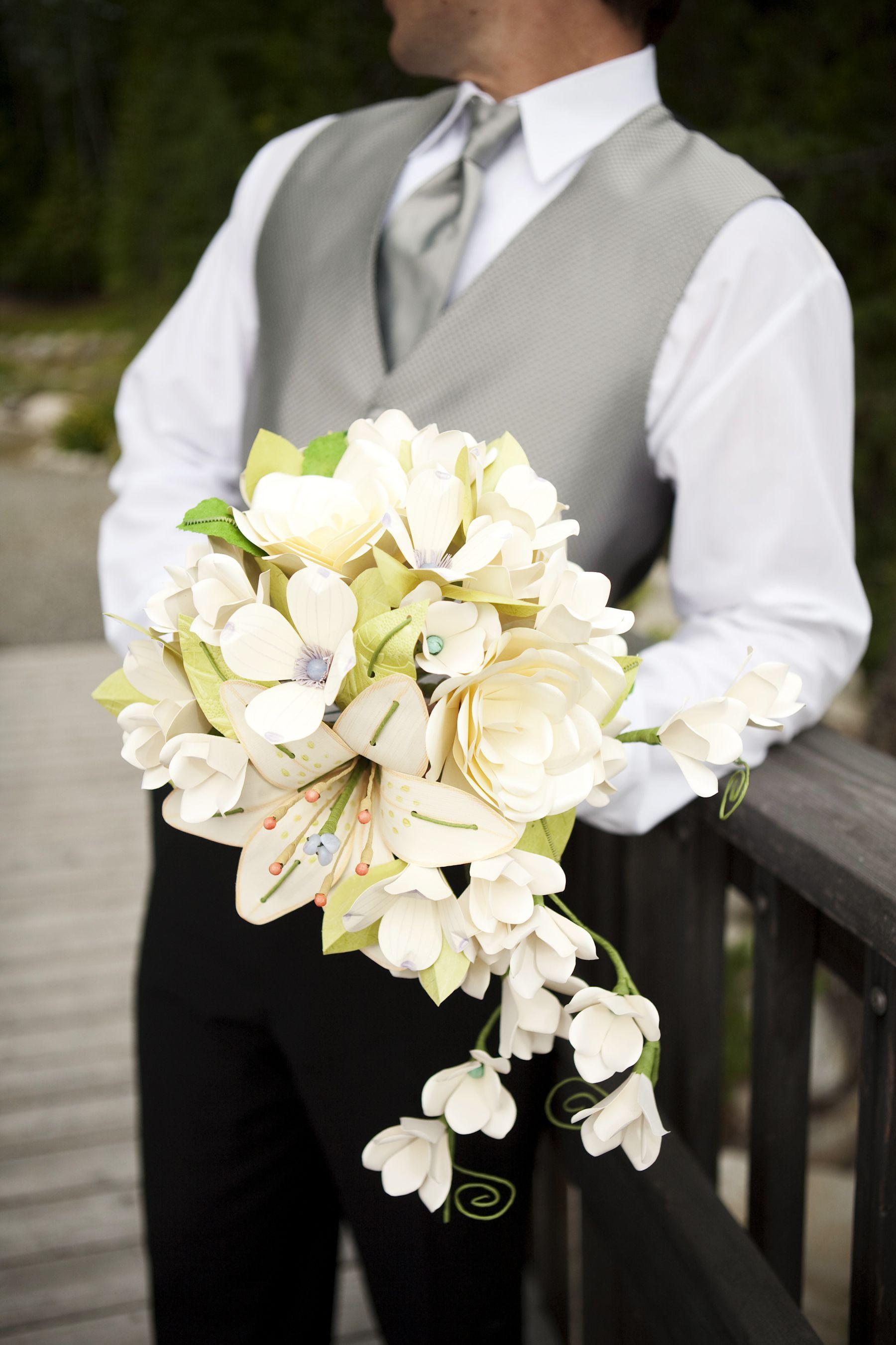 Who doesnt like a groom holding a beautiful paper flower wedding who doesnt like a groom holding a beautiful paper flower wedding bouquet izmirmasajfo