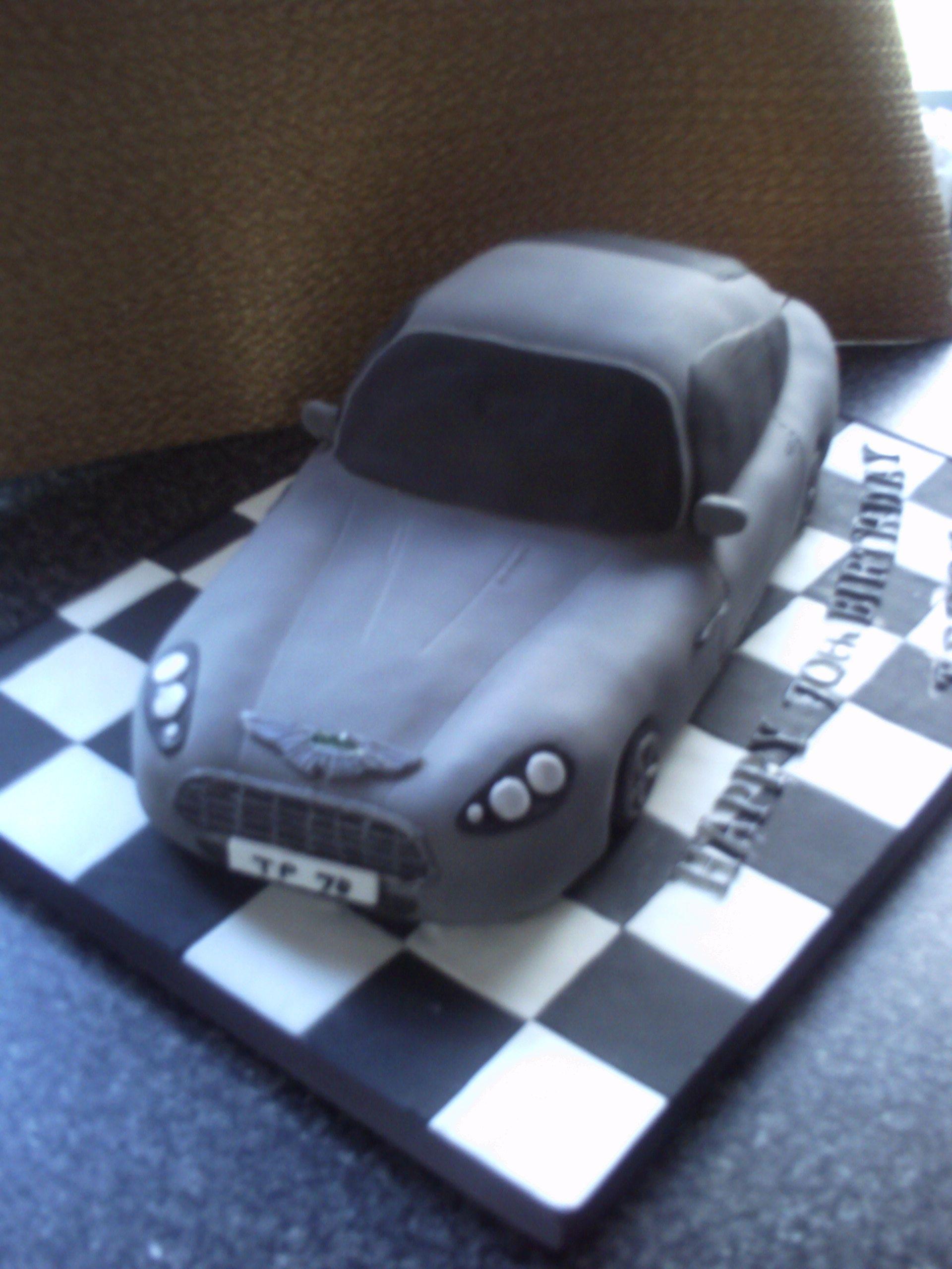 Aston Martin Cake Exotic Car Cakes Pinterest Cake Amazing