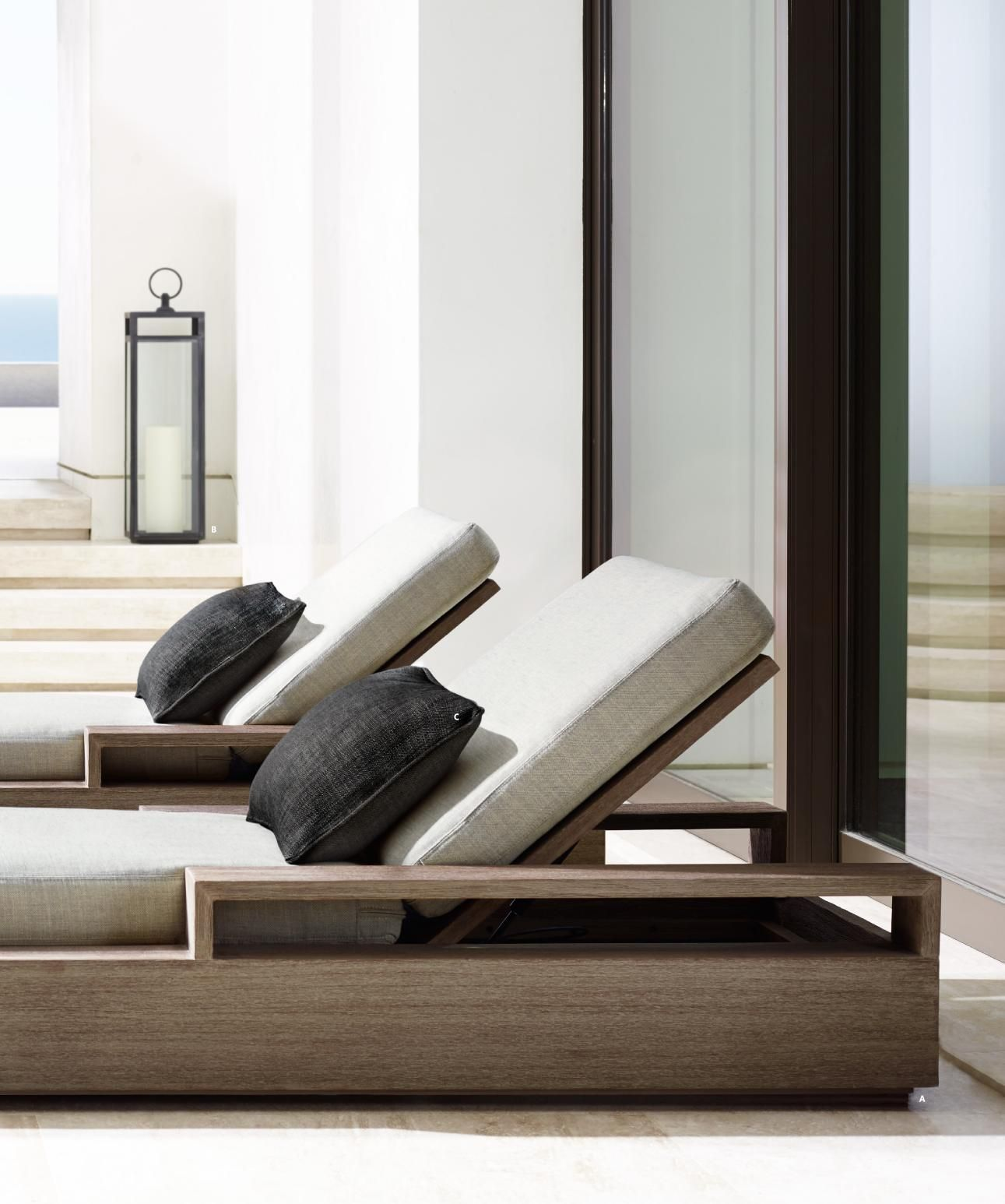 Outdoor lounge from the marbella collection by rh home for Hipo muebles