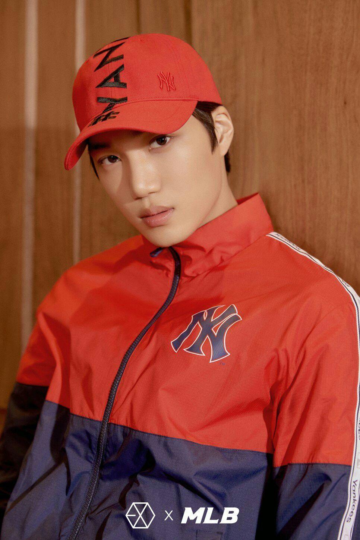 180410 Exo Kai Mlb Official Naver Blog Exo X Mlb Superman Kim Exo