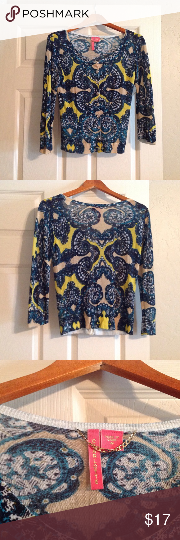 Charlotte blouse size M Great color combination lightweight knit. Charlote Sweaters Crew & Scoop Necks