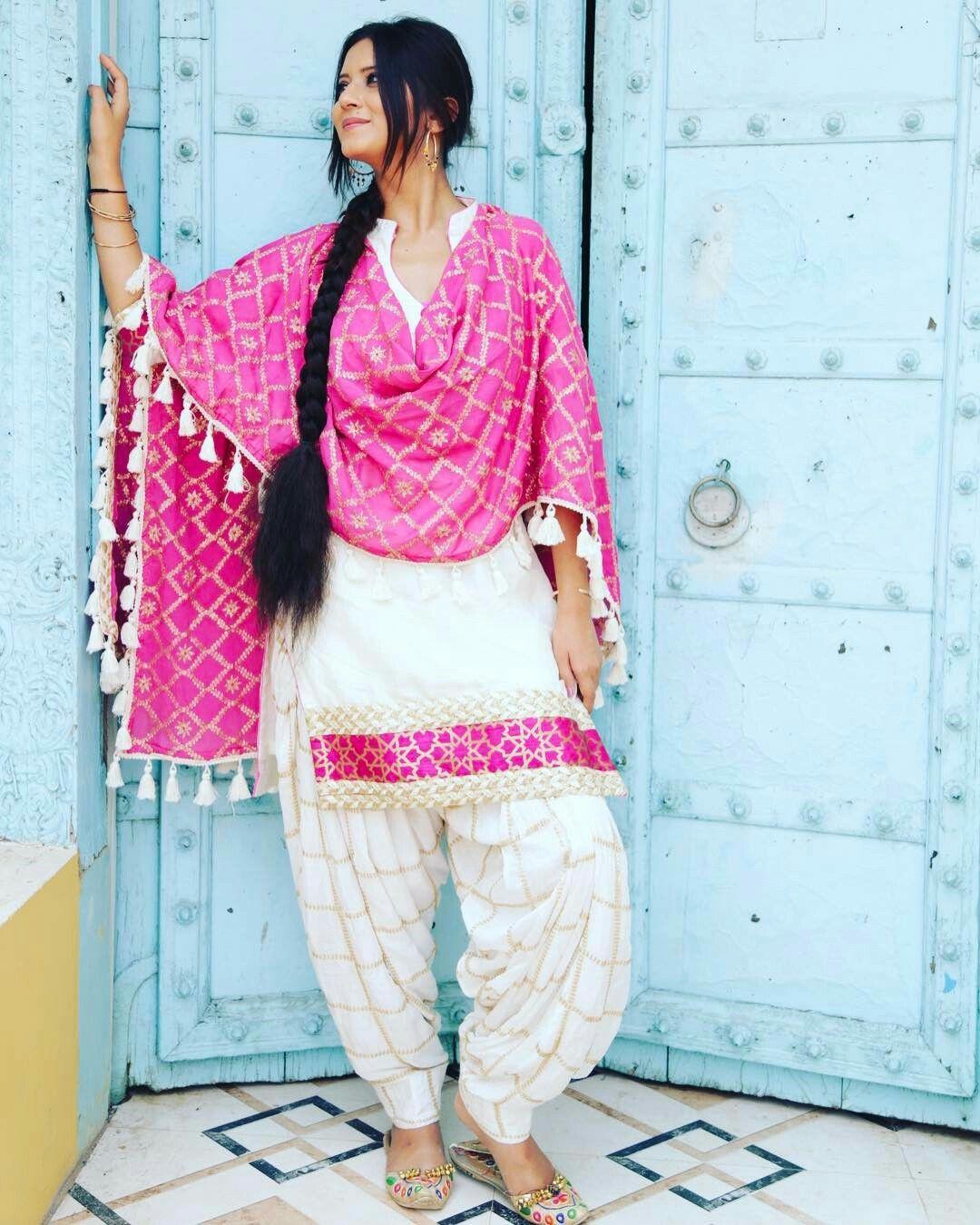Pin de Gurpreet Singh en punjabi suit styles   Pinterest