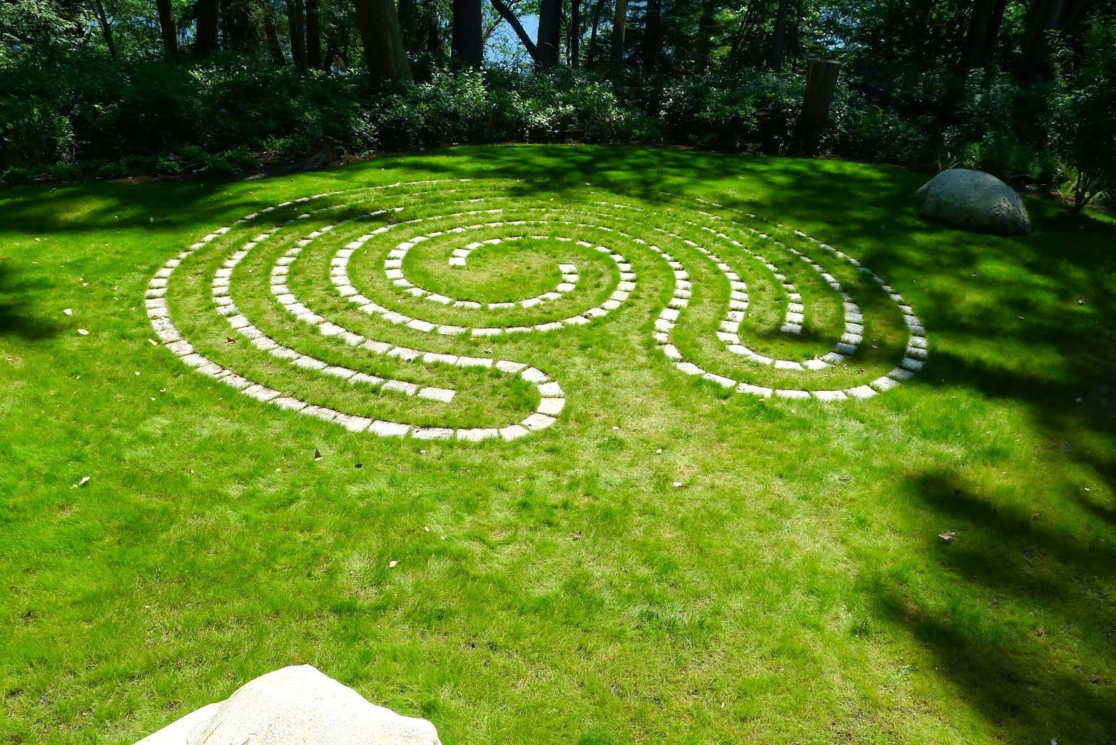 Awesome Inspiring For Small Garden Labyrinth With Charming Green Turf And Perfect Stone Design Ideas