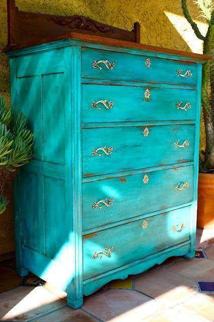 Muebles pintados con pintura a la tiza chalk paint - Pintura azul turquesa ...