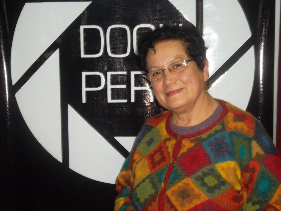 Maríta Barea (1943) Chancay, Perú. Información sobre o documental en Perú: https://documentalperuano.wordpress.com/tag/maria-barea/ Web: http://grupochaski.org/ Vimeo: https://vimeo.com/grupochaski
