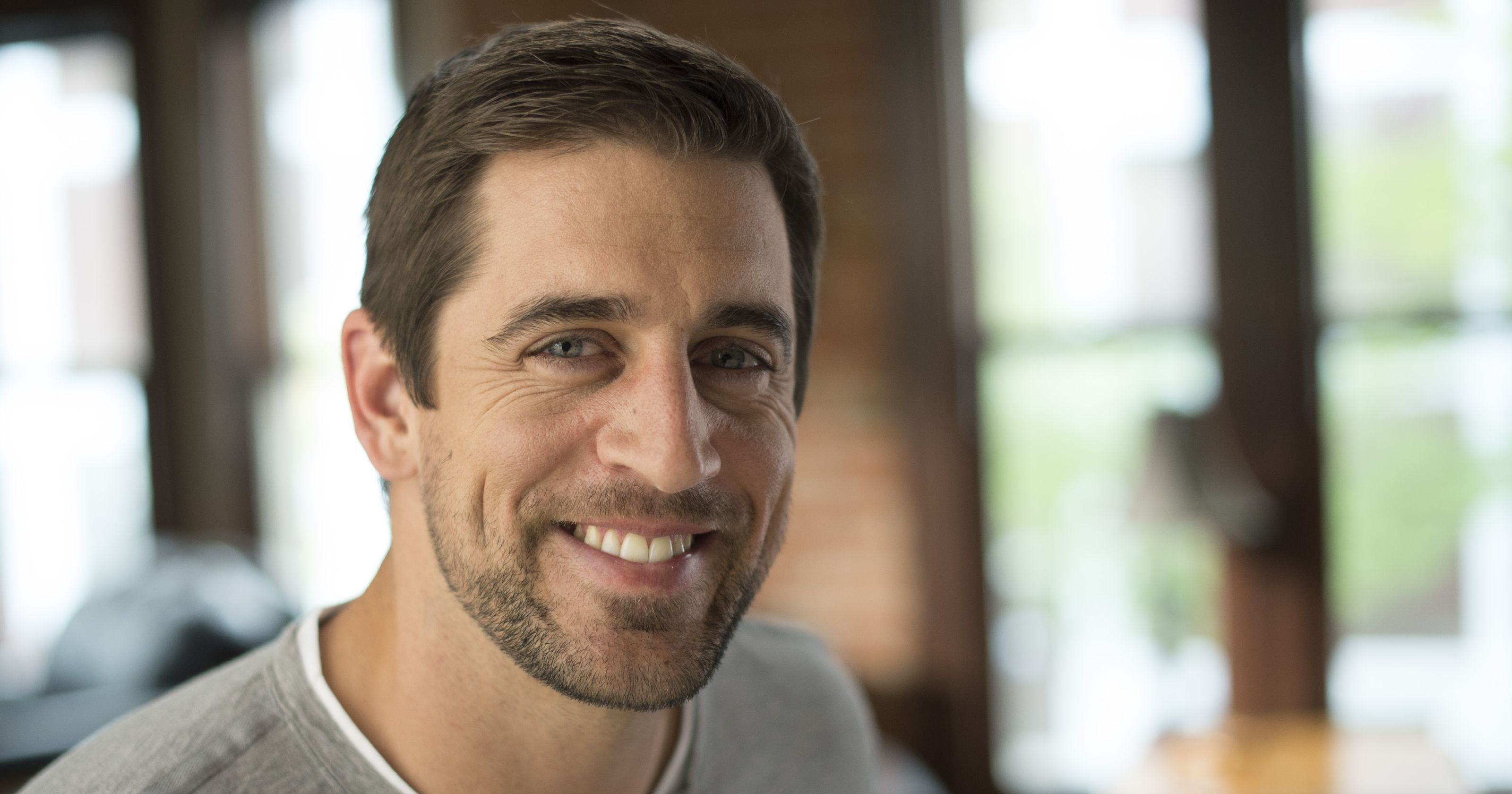 Prevea Health And Green Bay Packers Quarterback Aaron Rodgers Renewed Their Endorsement Agreement Aaron Rodgers Aaron Rodgers Family Famous People Celebrities