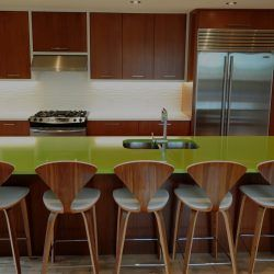 We Make Kitchen Cabinets That Are Strong Sturdy Yet Attractive Enough To Withstand All That Custom Kitchen Cabinets Quality Kitchen Cabinets Kitchen Cabinets