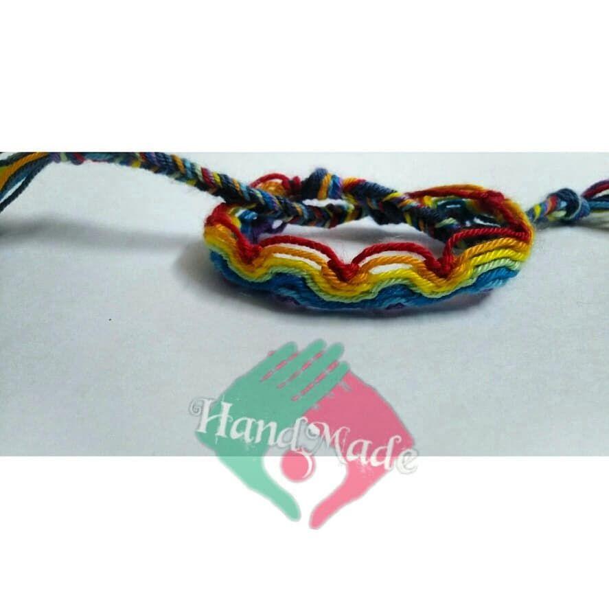 اسورة صداقة شكل قوس قزح ب أي حجم و أي لون دوسو على الصورة وشوفو اكتر السعر 15 جنيه Rainbow Friendship Bracelet With An Crochet Necklace Crochet Jewelry