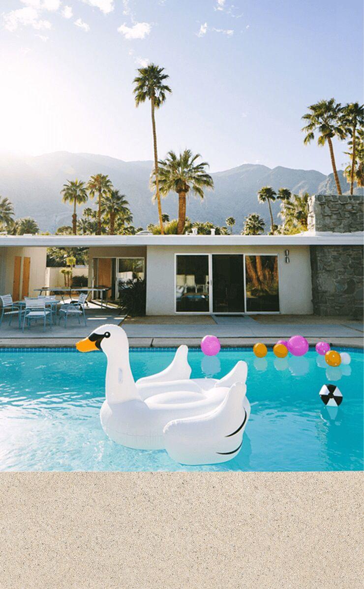 Palms pool iphone wallpaper from Line app | Итити | Pinterest | Palm ...