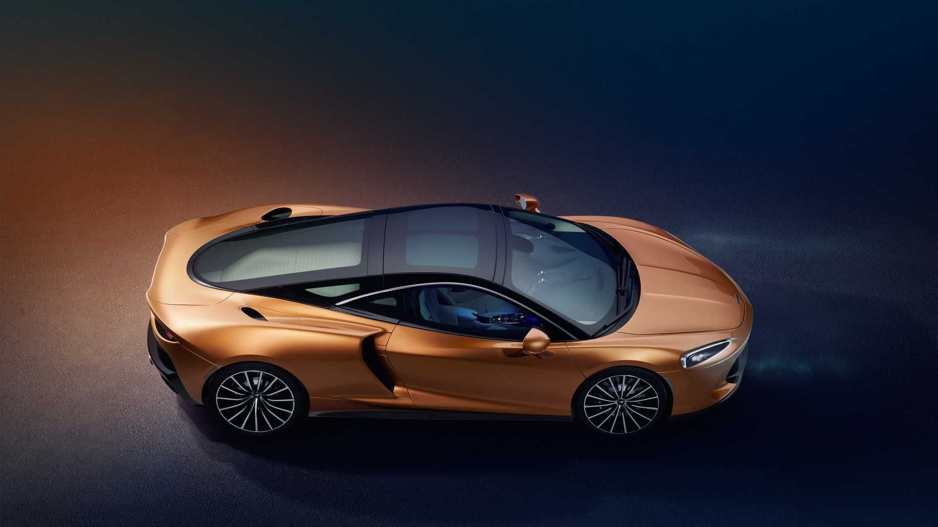The New Mclaren Gt Is The Most Comfortable And Practical Mclaren Supercar A Super Fast Daily Driver That Can Be Used Fo Super Cars New Mclaren New Luxury Cars