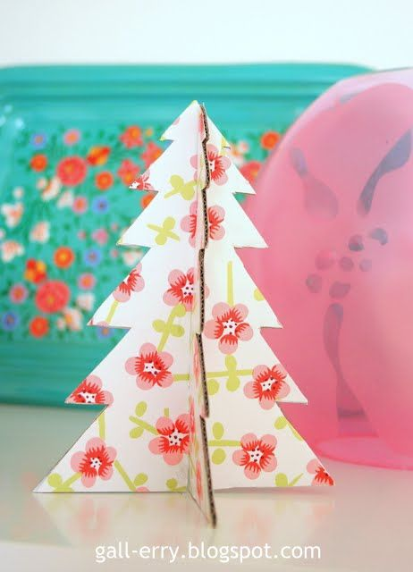 DIY Christmas tree made of cardboard and decorative paper So easy