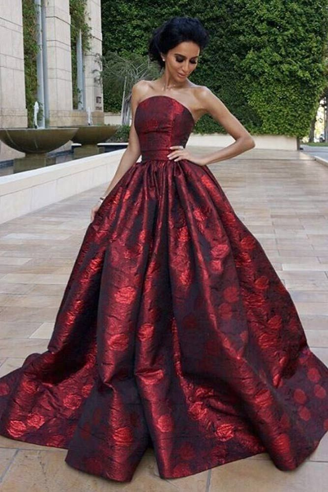 Expert Advice on How to Find the Prom Dress of Your Dreams ...