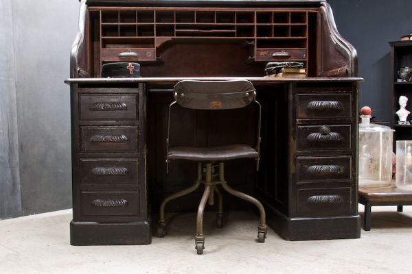 The Elegance Of 1890s Showcased In Quartermasters Vintage Desk