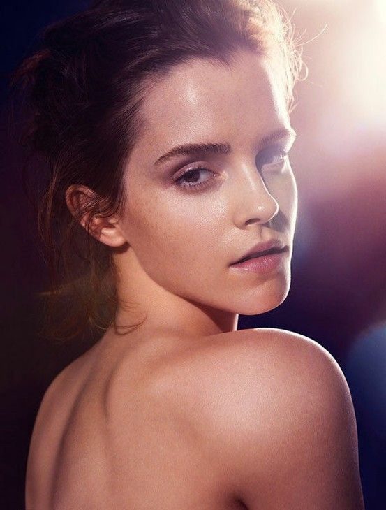Emma Watson bares it all as a natural beauty 2