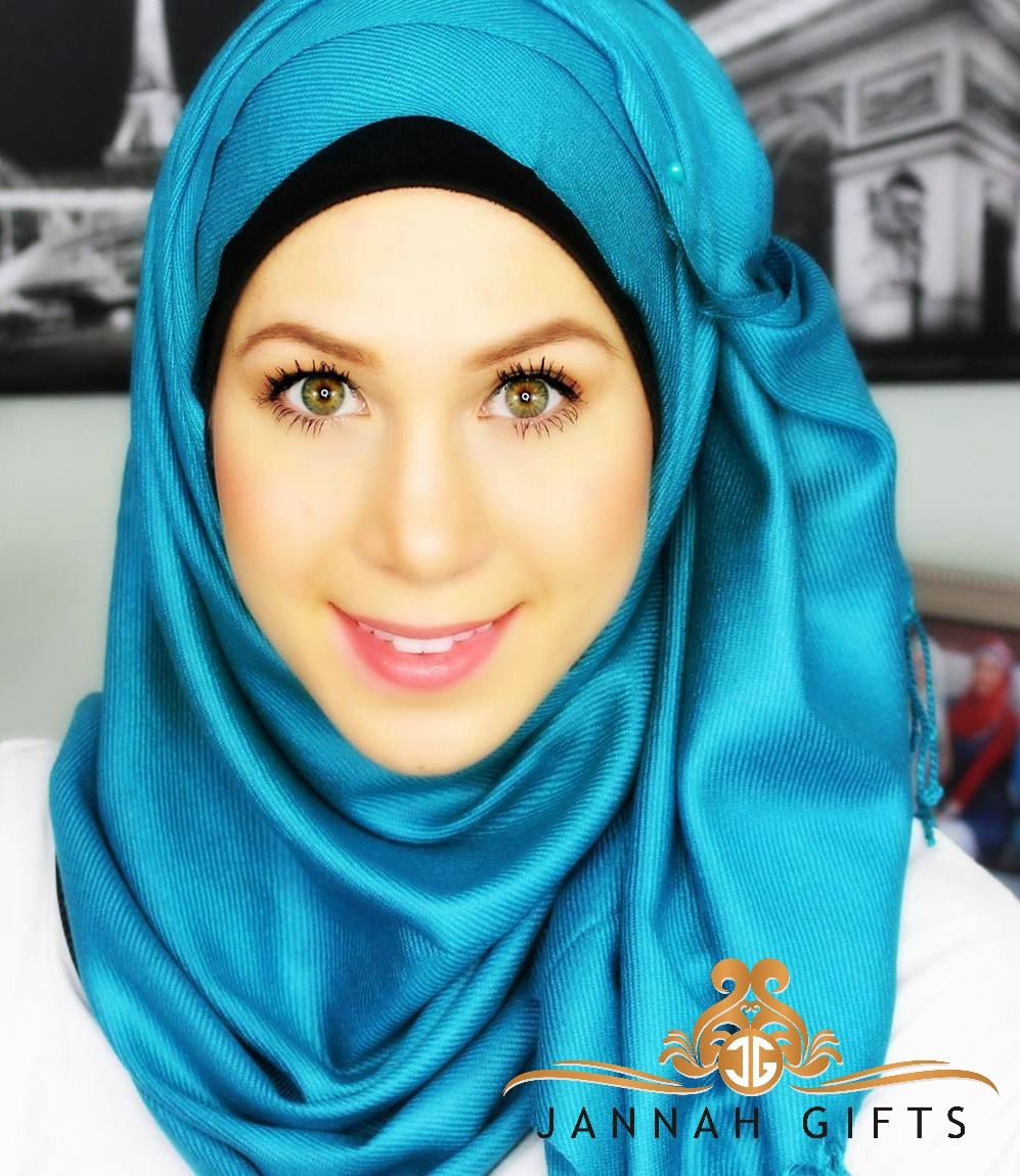 Hijabis Nora Tehaili In Our Teal Luxe Pashmina Gorgeous Use