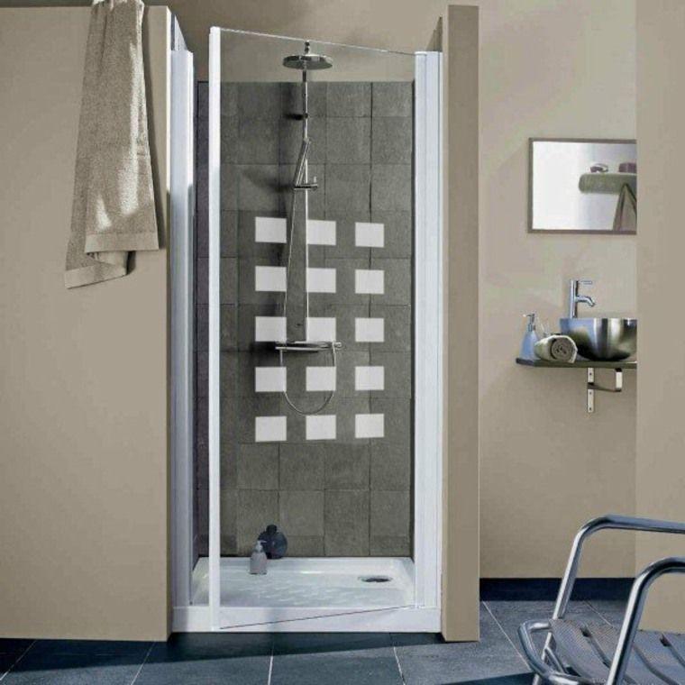 porte battante cabine de douche idée aménagement salle de bains