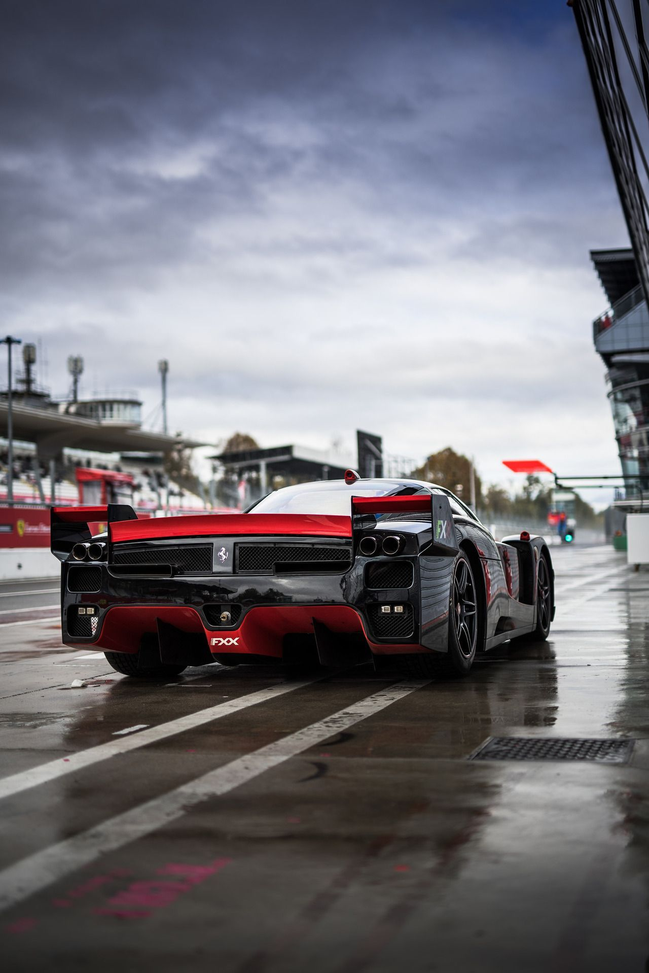 What Is The Best Car In The World These 20 Cars Are More Than Just Enjoyable They Re The Fastest Production Cars On Ferrari Fxx Car In The World Sports Cars