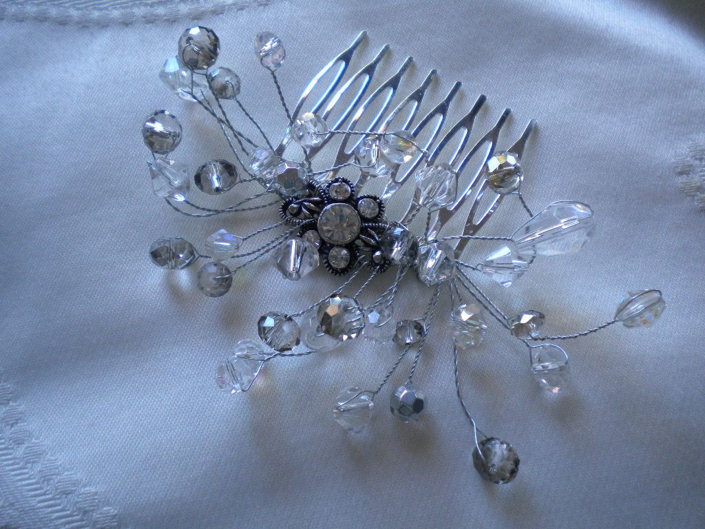 Vintage crystal comb with bendable wires made by Tiara for You