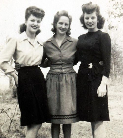 1940's  - mother and daughters perhaps?