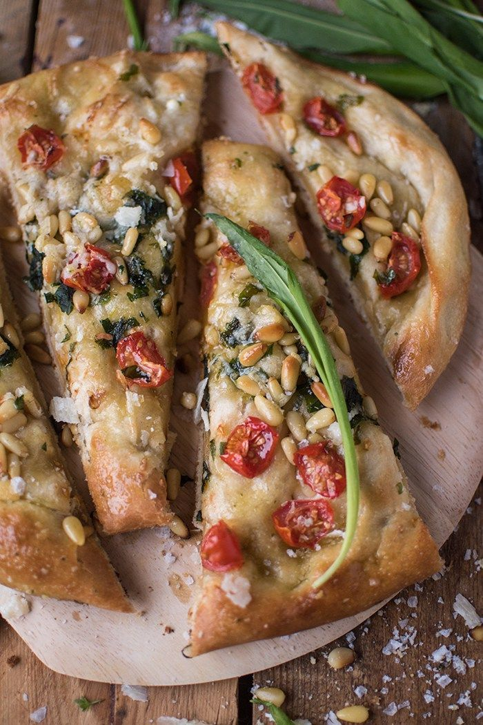 Photo of Wild garlic focaccia: Spicy spring delight ⋆ Crunchy room