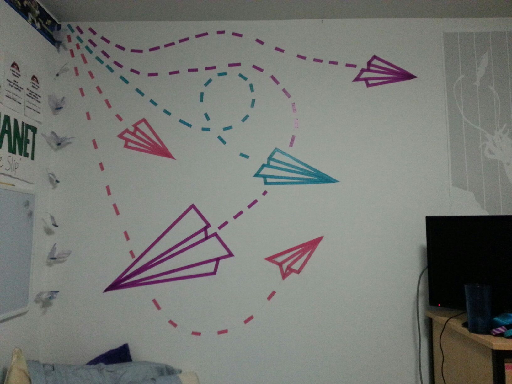 Wall Decoration Tape : Made this out of washi tape for my dorm room