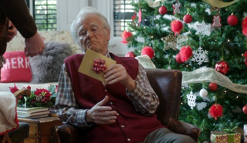 some of the best occasionally controversial christmas commercials for 2015 videos - Best Christmas Commercials