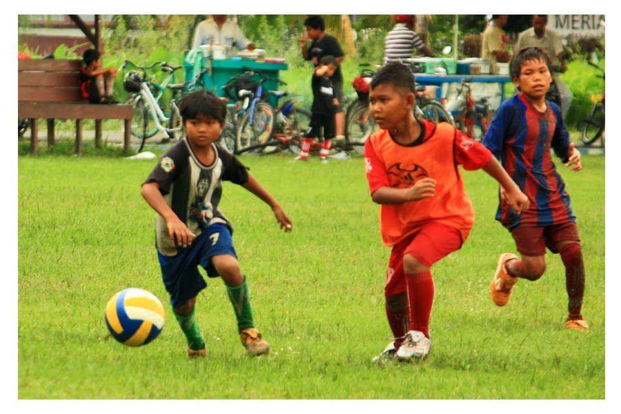 Soccer Kids Playing Sports . Soccer kids playing, Kids