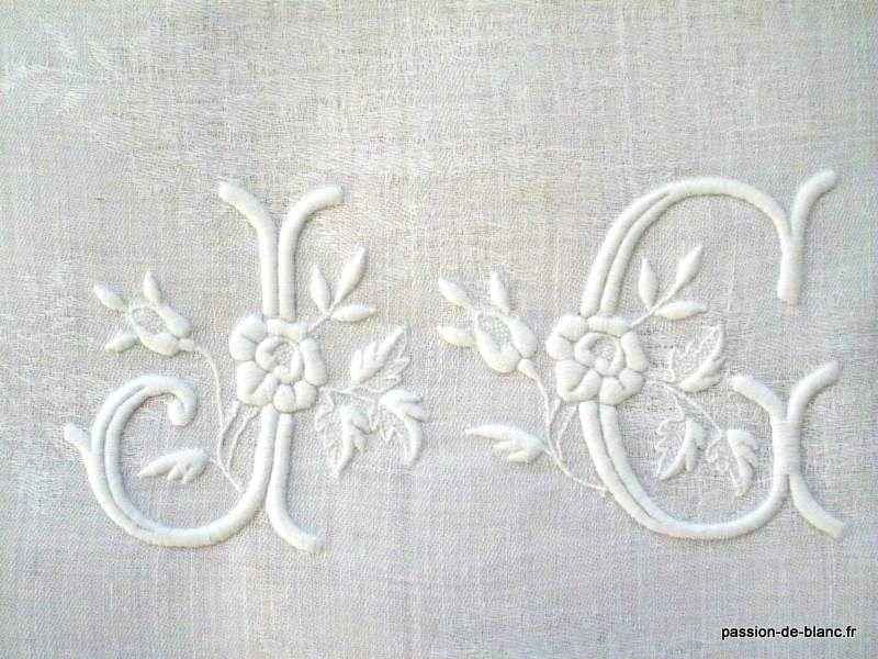 linge ancien joli monogramme ancien brod sur fil de lin pour couture et patchwork broderii. Black Bedroom Furniture Sets. Home Design Ideas