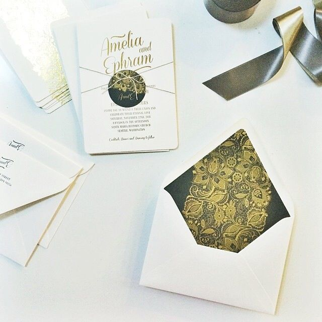 Amazing black and gold motif card