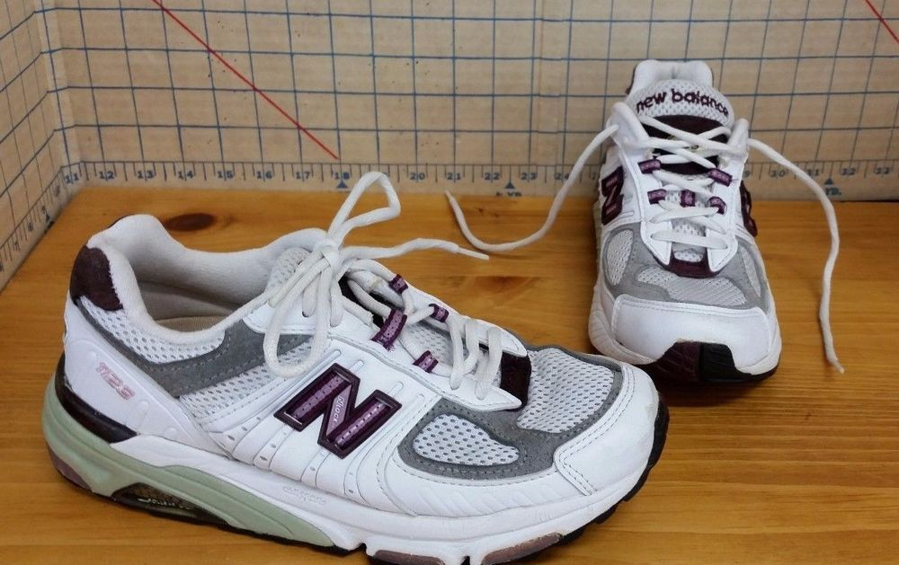 info for 050e8 72db1 New Balance Motion Control R1123MC Running Shoes Women 6 B Leather White  Purple