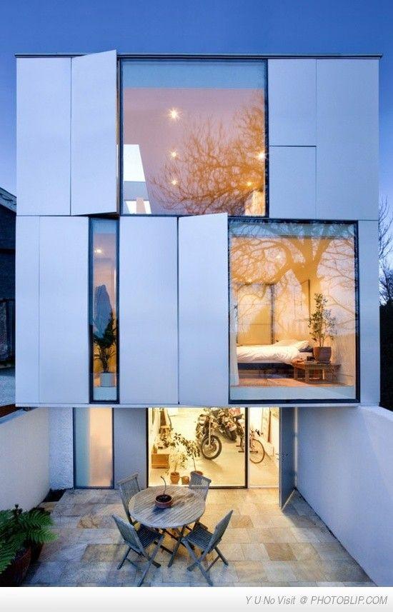 awesome modern day 3 story apartment block home design pinterest architecture maison et. Black Bedroom Furniture Sets. Home Design Ideas