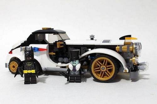 The Lego Batman Movie The Penguin Arctic Roller 70911 Review Lego Batman Movie Lego Batman Batman Movie
