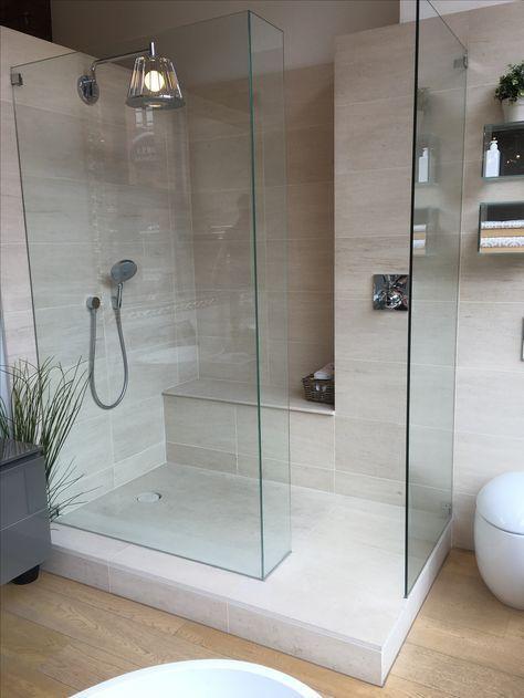 #Steinoptik in einer #XXL #Dusche / Entdecken Sie neue Trends für bodenebene Duschen … - A. K #smallbathroomremodel