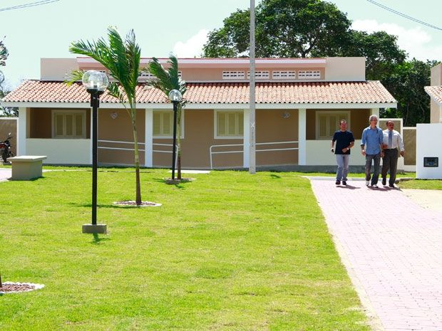 Estado entrega casas do Cidade Madura