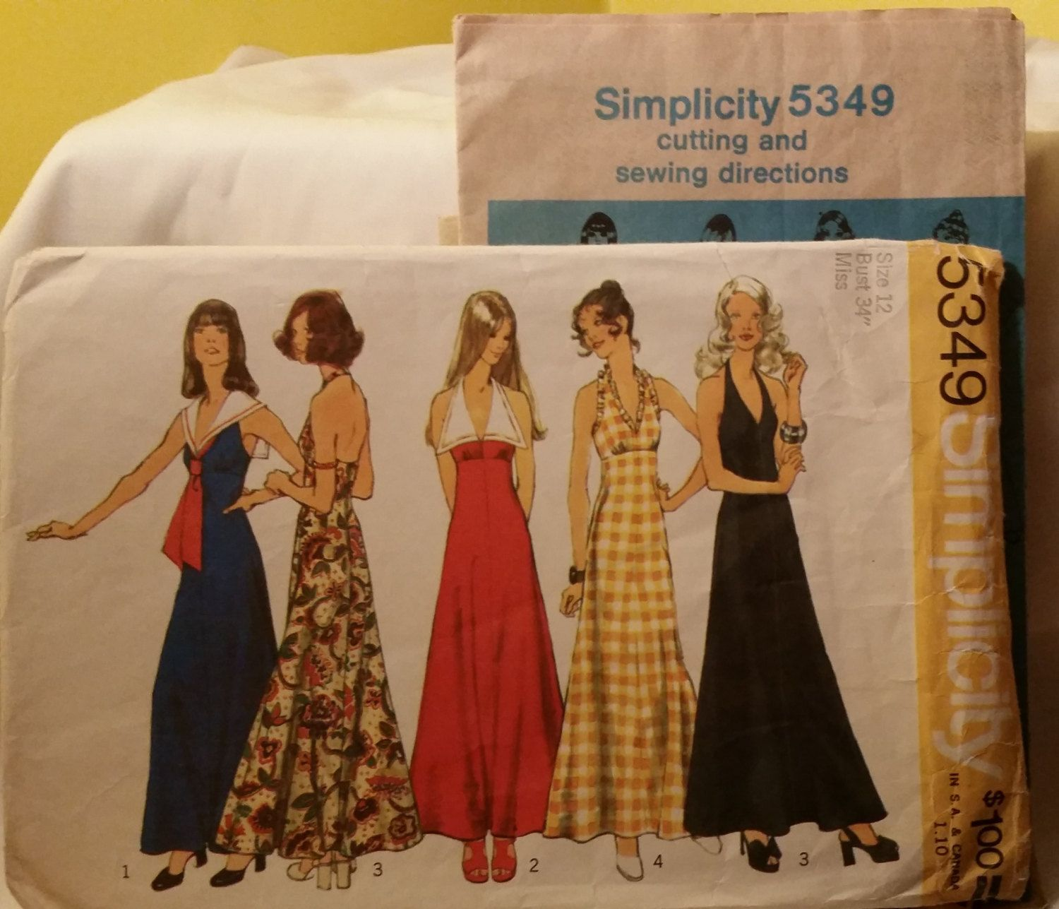 Vintage Simplicity 1972 Maxi Dress Sewing Pattern Size 12 by KitschyMaowVintage on Etsy https://www.etsy.com/listing/225027157/vintage-simplicity-1972-maxi-dress